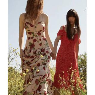 ビーシービージーマックスアズリア(BCBGMAXAZRIA)の❣️フェミニン薔薇は柄19秋新作BCBGマックスアズリアドレス(ロングドレス)
