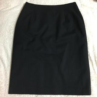 黒 ひざ丈タイトスカート(ひざ丈スカート)