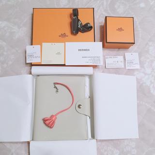 エルメス(Hermes)のエルメス ユリス  ネオ PM プチポンポン(ノート/メモ帳/ふせん)