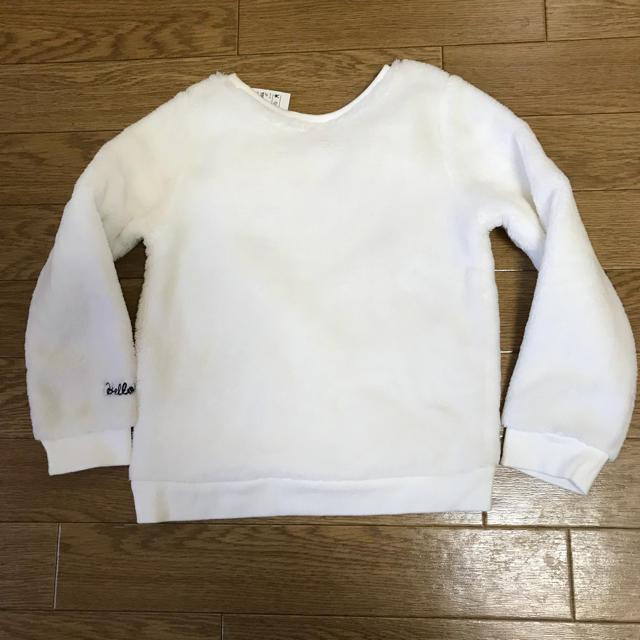H&M(エイチアンドエム)の新品 H&M キティちゃん もこもこトレーナー 110サイズ キッズ/ベビー/マタニティのキッズ服 女の子用(90cm~)(Tシャツ/カットソー)の商品写真