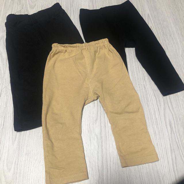 UNIQLO(ユニクロ)の長ズボン3枚セット 80サイズ  キッズ/ベビー/マタニティのベビー服(~85cm)(パンツ)の商品写真