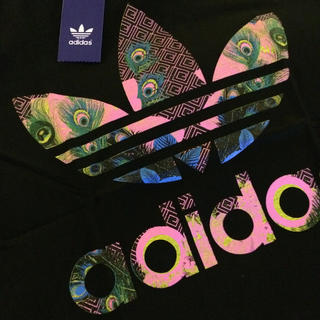 adidas - 新品 アディダス オリジナルス Tシャツ ブラックx和柄
