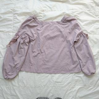 ダブルクローゼット(w closet)のㅤフ リ ル リ ボン ト ッ プス(Tシャツ(長袖/七分))