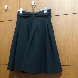 ティティアンドコー(titty&co)の【★お値下交渉可能・売り切り目標★】titty&co ブラックスカート(ひざ丈スカート)