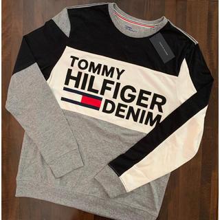 TOMMY HILFIGER - 新品トミーヒルフィガー スウェットシャツM