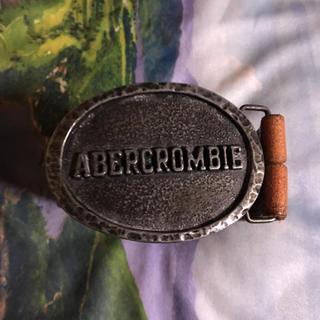 アバクロンビーアンドフィッチ(Abercrombie&Fitch)のアバクロンビー&フィッチェの皮ベルト(ベージュ)(ベルト)