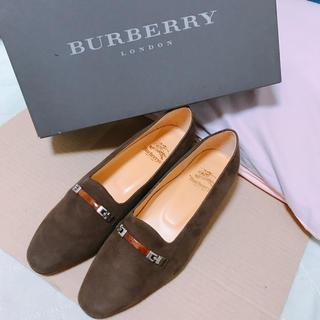 BURBERRY - 新品【バーバリー】ブラウン スウェード パンプス