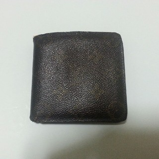 LOUIS VUITTON - 30数年前のヴィトンの折り財布   相当古い。