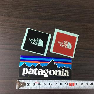 ザノースフェイス(THE NORTH FACE)の562 ノースフェイス パタゴニア ステッカー 3点 ☆ ミニ ロゴ(その他)