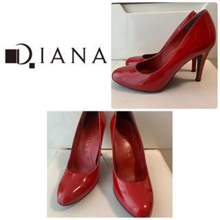DIANA - ダイアナ レッドエナメル パンプス