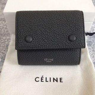 celine - セリーヌ折り財布