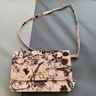 しまむら - しまむら 花柄財布付きショルダーバッグ
