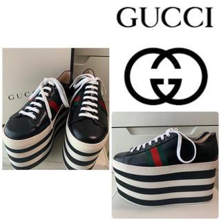 Gucci - 美品 GUCCI ブラックレザー 厚底スニーカー