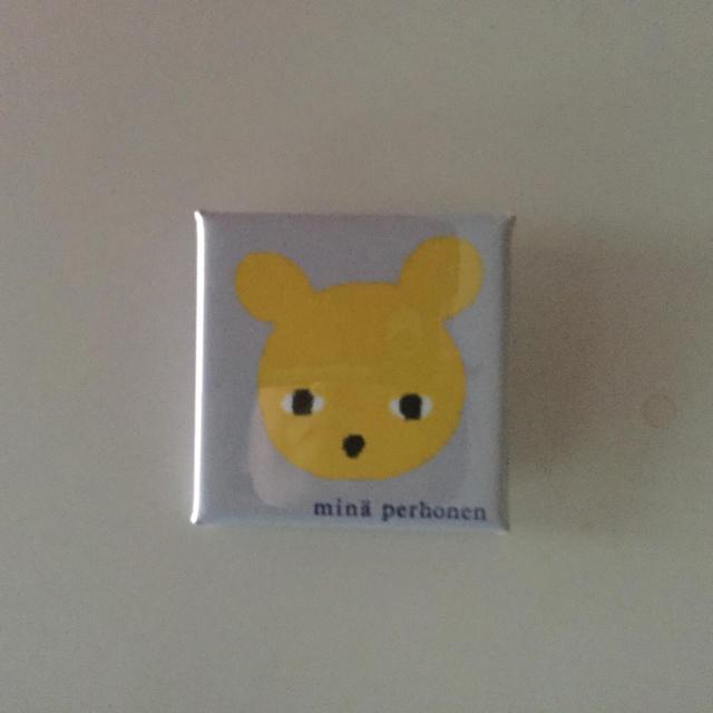 mina perhonen(ミナペルホネン)のミナペルホネン 正規品バッジ クマさん エンタメ/ホビーのアニメグッズ(バッジ/ピンバッジ)の商品写真