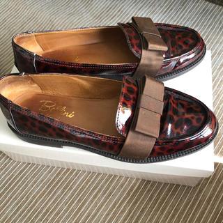 トゥモローランド(TOMORROWLAND)のBellini✨レオパード エナメル シューズ❤️(ローファー/革靴)