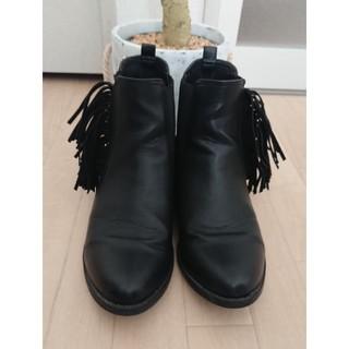 ジーナシス(JEANASIS)のジーナシス ショート フリンジ ブーツ Lサイズ(ブーツ)