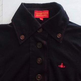 ヴィヴィアンウエストウッド(Vivienne Westwood)のヴィヴィアンウエストウッド 襟付きシャツ サイズ2 ブラック タグ スペアボタン(ポロシャツ)