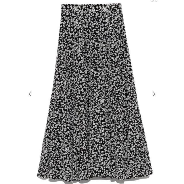 snidel(スナイデル)のSNIDEL  サテンプリントブラウス、スカート レディースのレディース その他(セット/コーデ)の商品写真