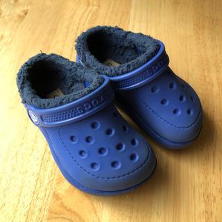 クロックス(crocs)のクロックス ボア付きサンダル 青 c7 / 15㎝(サンダル)