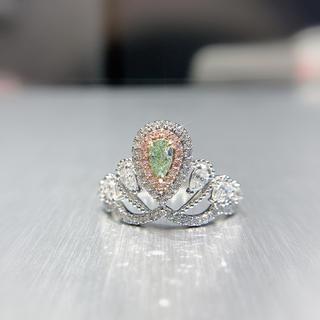 グリーンダイヤモンド王冠指輪(リング(指輪))