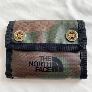 ザノースフェイス(THE NORTH FACE)のTHE NORTH FACE BC DOT WALLET 財布 迷彩(折り財布)