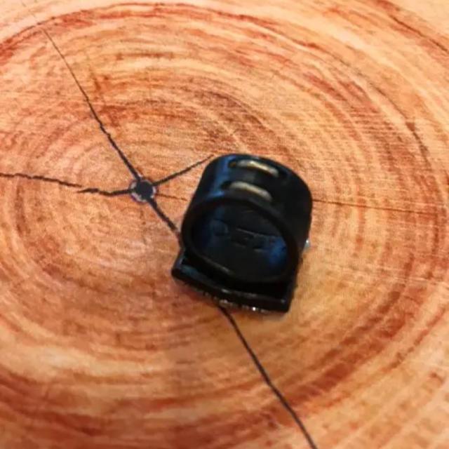 STUNNING LURE(スタニングルアー)のreiyon様専用!COFFY  スタニングルアー購入☆レザー  ビジューリング レディースのアクセサリー(リング(指輪))の商品写真