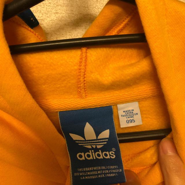 adidas(アディダス)のadidas フーディー レディースのトップス(パーカー)の商品写真