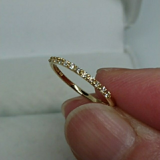 アーカー(AHKAH)のAHKAH K18YGダイヤモンドハーフエタニティリング 5号(リング(指輪))