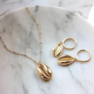 アリシアスタン(ALEXIA STAM)のgold shell pierce/necklace set(ネックレス)
