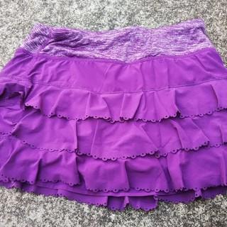 ルルレモン(lululemon)のルルレモン スポーツスカート サイズ4 紫ラッフル×スペースダイ 中古(ヨガ)