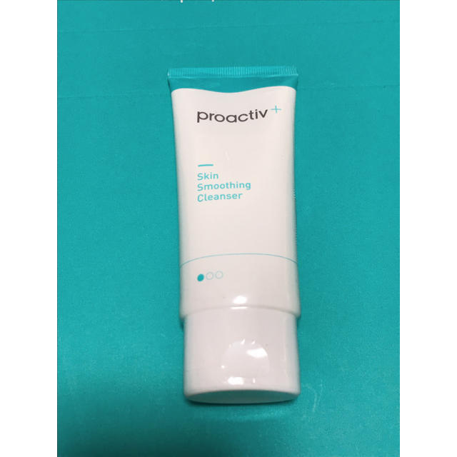 proactiv(プロアクティブ)のプロアクティブプラス 60g 30日分 コスメ/美容のスキンケア/基礎化粧品(洗顔料)の商品写真