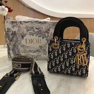 Dior - 人気のショルダーバッグ