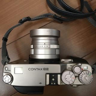 コンタックスカメラとカメラバックとフィルムケース