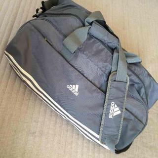 アディダス(adidas)のアディダス ボストン グレー(ボストンバッグ)