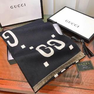Gucci - 美品   マフラー