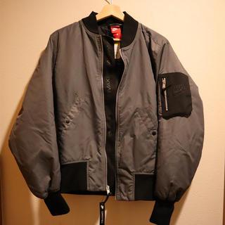 ナイキ(NIKE)の新品 ナイキair Max フライトジャケット(フライトジャケット)