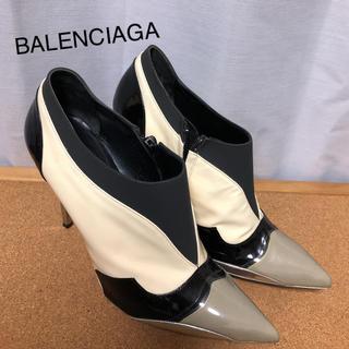 バレンシアガ(Balenciaga)のBALENCIAGA バレンシアガ サイズ38 パテント×PV素材 ブーティ(ブーツ)