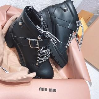 ミュウミュウ(miumiu)の新品miumiuブーツ(ブーツ)