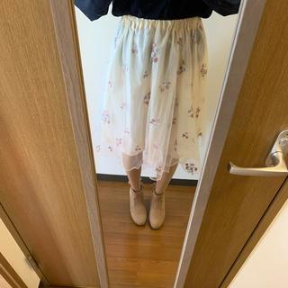 ハニーズ(HONEYS)のHoneys 花柄刺繍チュールスカート(ひざ丈スカート)