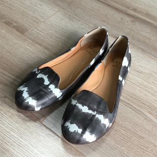 サヤ(SAYA)のSAYAサヤ★モノトーンパンプス24 ぺたんこ靴(ハイヒール/パンプス)