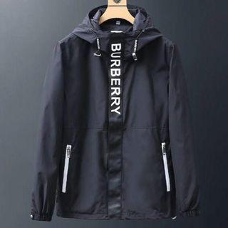 バーバリー(BURBERRY)の高品質美品BURBERRYジャケット(ナイロンジャケット)