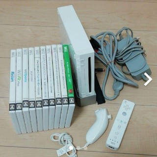 Wii - Wii 本体 + ソフト10本セット