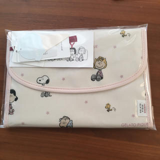 gelato pique - ジェラートピケ♡【PEANUTS】スタージャバラ母子手帳ケース