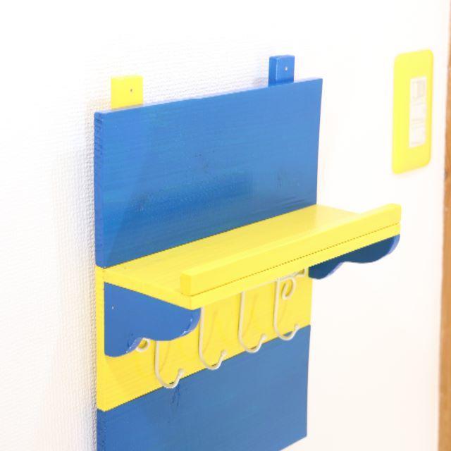 どこかでみたことのある色の壁掛けラック#ハンドメイド ハンドメイドのインテリア/家具(インテリア雑貨)の商品写真