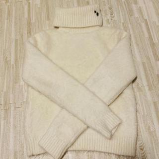 サンローラン(Saint Laurent)のホワイトセーター(ニット/セーター)