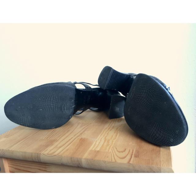FENDI(フェンディ)のFENDI エナメル ヒール 41 レディースの靴/シューズ(ハイヒール/パンプス)の商品写真