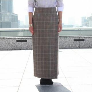 コモリ(COMOLI)のPhlannel ダブルラップスリットスカート チェック ベージュ1(ロングスカート)