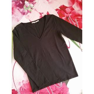スライ(SLY)の送料無料⭐SLY⭐無地シンプルロンT⭐Vネック⭐長袖⭐(Tシャツ(長袖/七分))