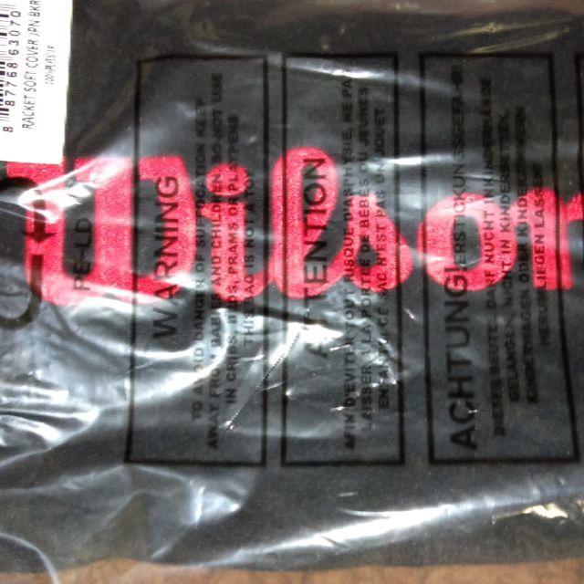 wilson(ウィルソン)の新品 ウィルソン ラケット ケース ブラック 布製 スポーツ/アウトドアのテニス(ラケット)の商品写真