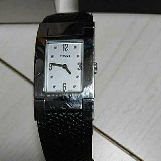 ジャンニヴェルサーチ(Gianni Versace)のヴェルサーチ スクエア990137(腕時計(アナログ))